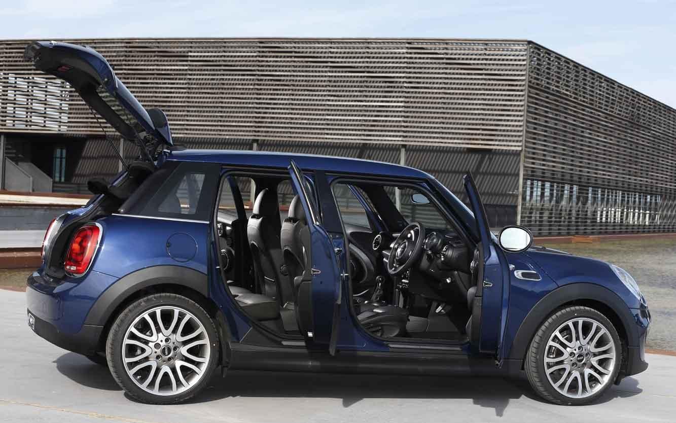 les nouvelles lignes de la mini cooper 5 portes le monde de l 39 automobile alpha. Black Bedroom Furniture Sets. Home Design Ideas